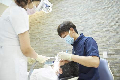 副交感神経が優位な息をはいている時に注射する